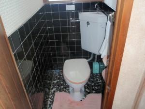 着工前 2Fトイレ